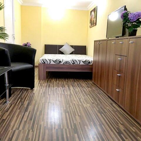 001-ulloi-ut-20-szoba-4