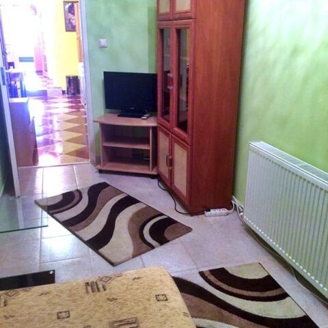 002-ulloi-ut-178-szoba-1