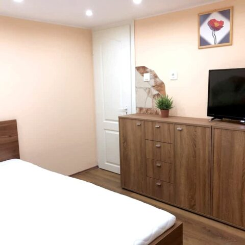 lonyay-u-47-szoba-5-001a