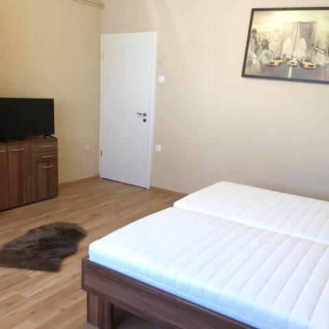 pazmand-u-8-szoba1-005a